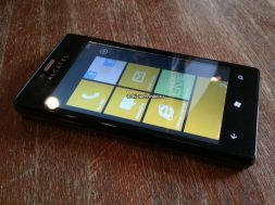 Alcatel-One-Touch-with-WP.jpg