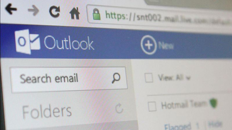 How to backup and restore outlook express data