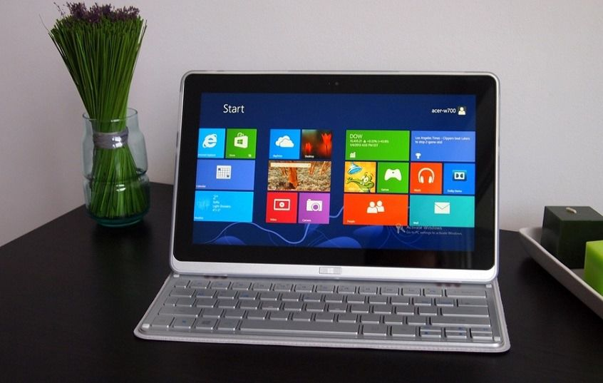 Acer-Iconia-W700.jpg