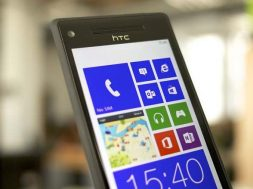 HTC-8X-Windows-Phone-8.jpg
