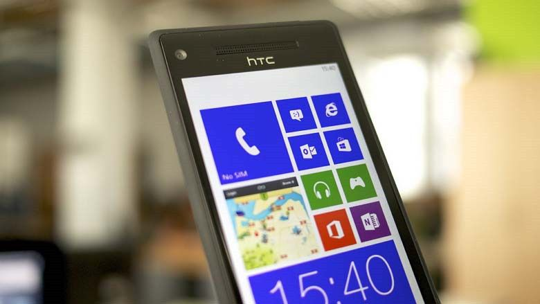 HTC 8X с Windows Phone 8