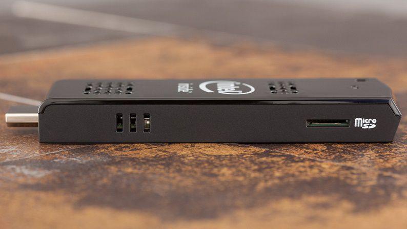 388085-intel-compute-stick-microsd-slot
