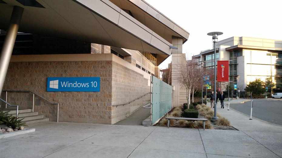Microsoft Windows 10 Visitor Center