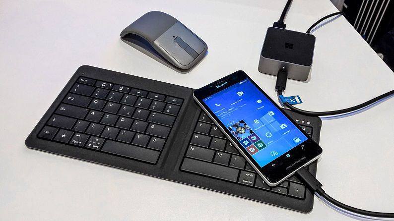 Lumia 950 Continuum Dock