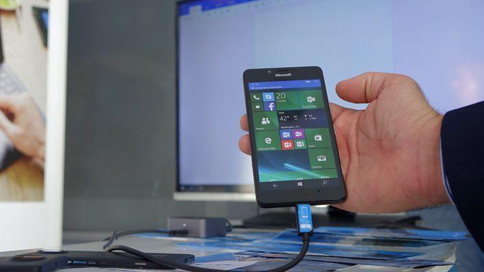 Continuum Lumia 950 XL