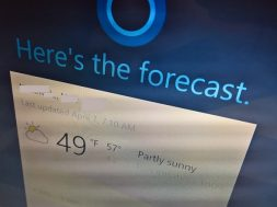 How to enable Cortana above the Lock screen on Windows 10