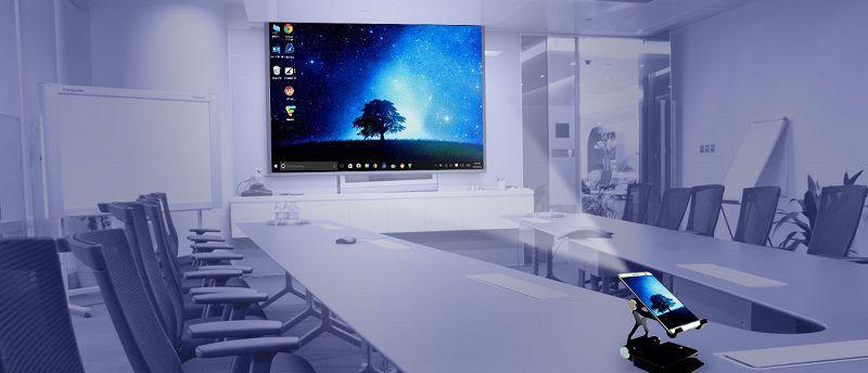 Akyumen Holofone – планшет со встроенным проектором и Windows 10 на борту