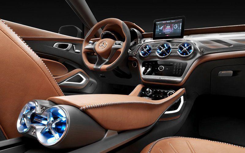 Mercedes и Microsoft хотят превратить автомобиль в офис