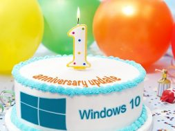 Windows 10 Anniversary Update Cake