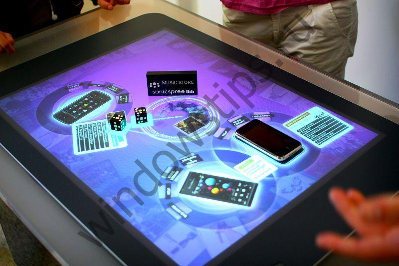 Microsoft запатентовала устройство с интерактивным сенсорным проектором
