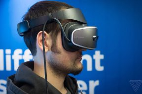 lenovo-windows-holographic-vr-headset