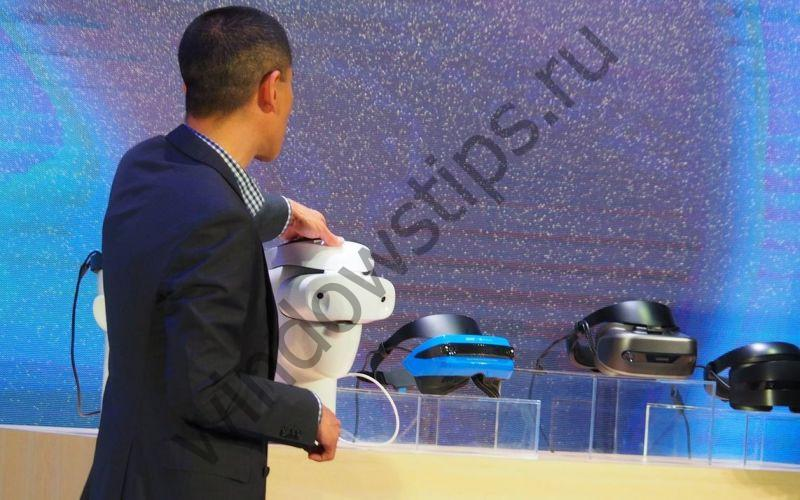 Microsoft анонсировала выпуск шлемов Windows Mixed Reality от ASUS, Del и Lenovo
